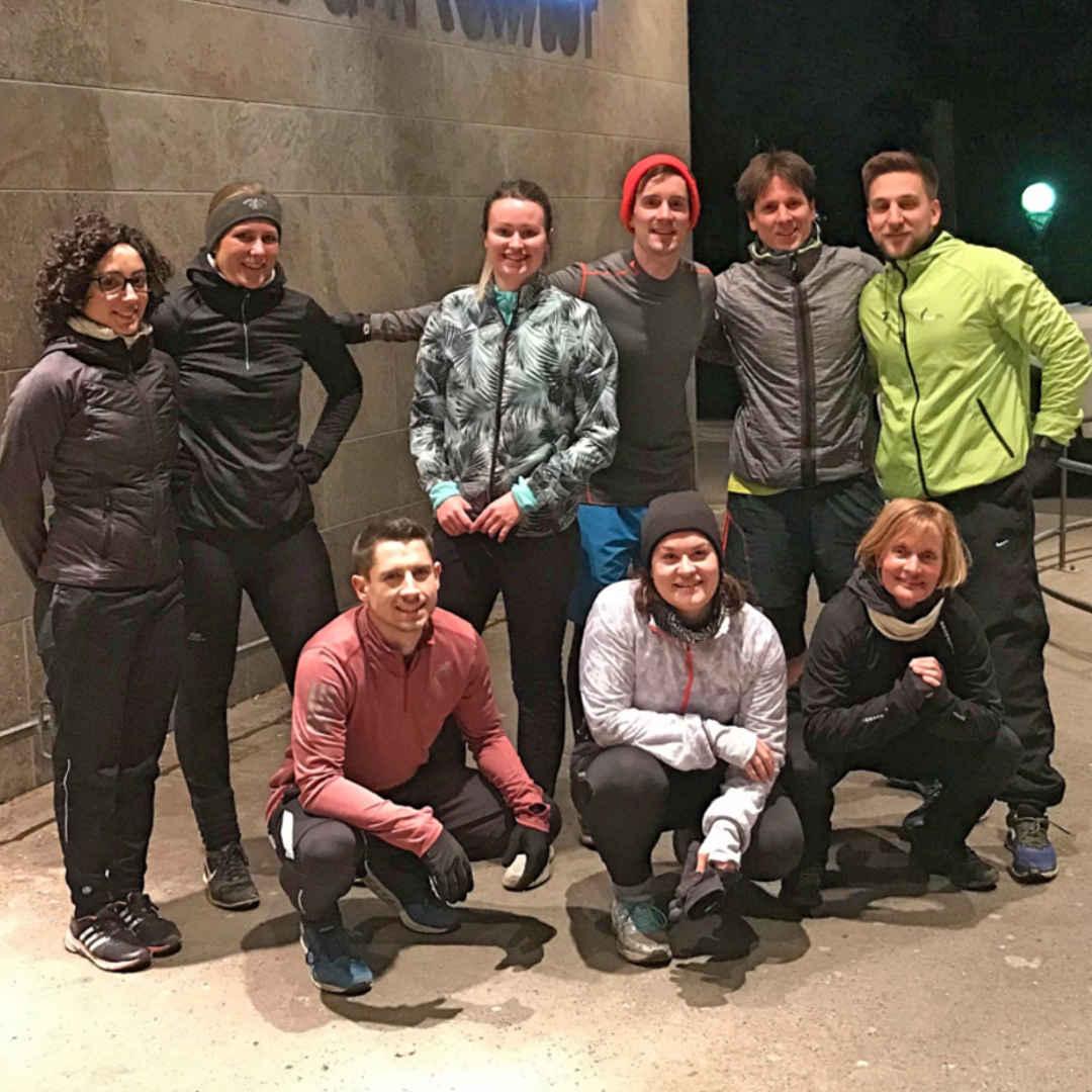 Outdoor Fitness und Gruppentraining im Rosensteinpark in Stuttgart.